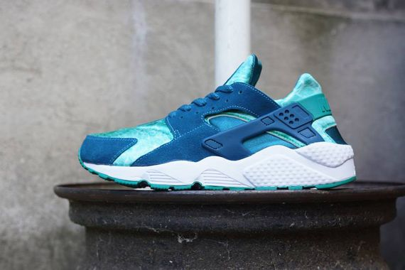 Nike-Huarache-Green-Abyss-Turbo-Green-01_result