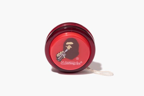 a bathing ape-coca cola-capsule collection_17