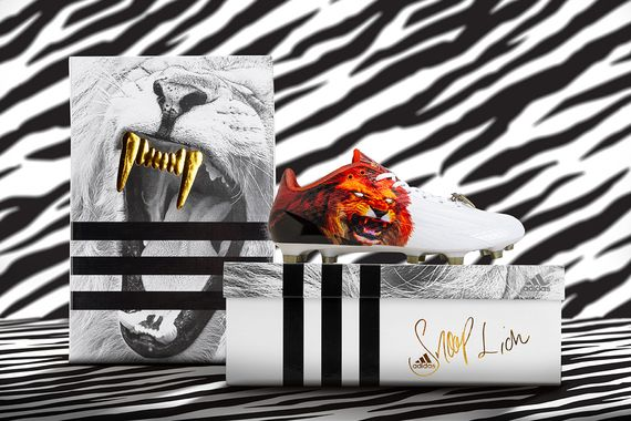 adidas-snoop lion-football boot