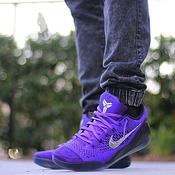 kobe-9-michael-jackson-on-feet-02-570x570