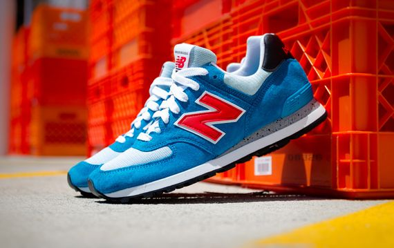 new balance-574-salmon-aqua-cement