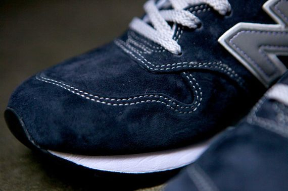 new balance-996-navy-beige_03