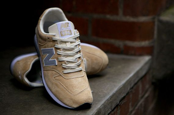 new balance-996-navy-beige_04