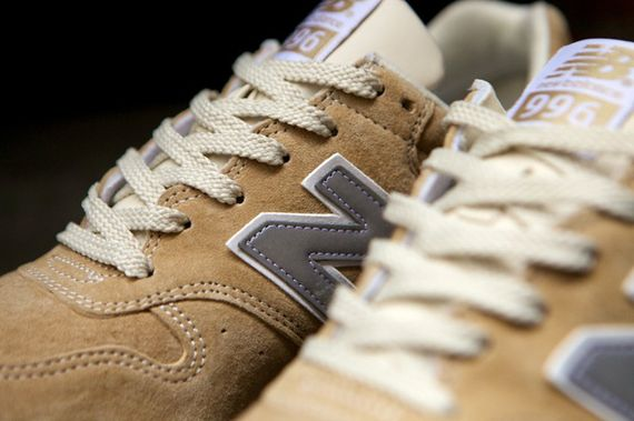 new balance-996-navy-beige_06