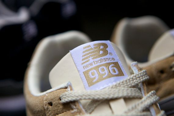 new balance-996-navy-beige_10