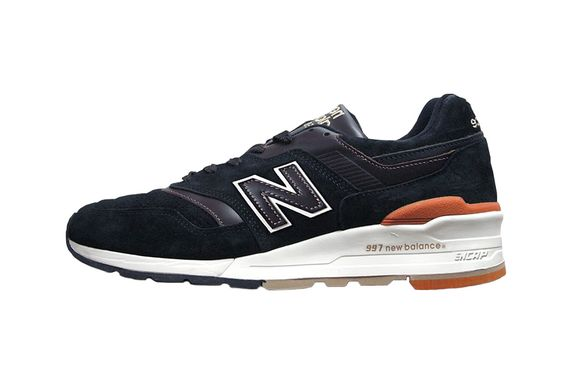 new-balance-made-in-usa-m997-black-gum-01_result