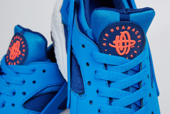 nike-air-huarache-gym-blue-photo-blue-mango-04-570x381