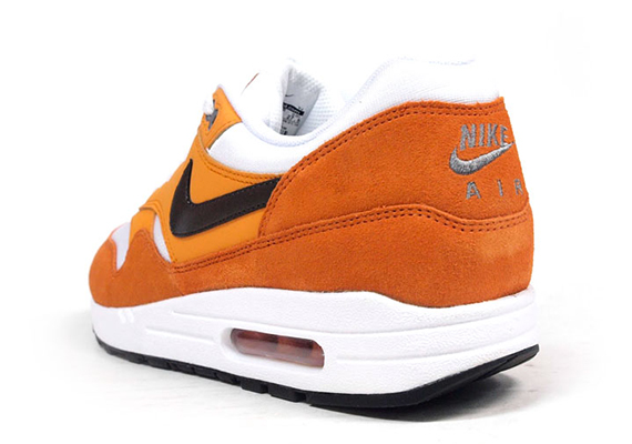 nike-air-max-1-white-orange-black-6