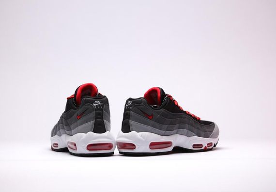 nike-air max 95-chilling red_04