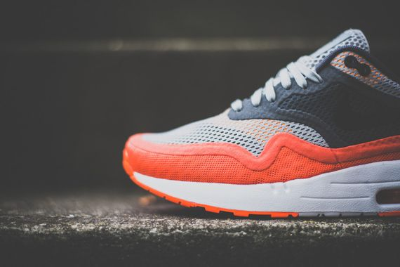 nike-air max breathe-team orange_02