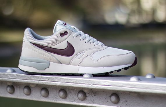 nike-air odyssey-light bone_06