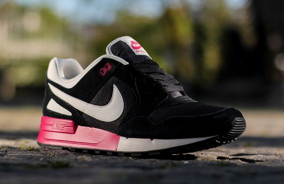 nike-air pegasus-fuchsia force_02