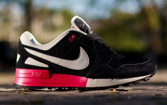 nike-air pegasus-fuchsia force_04