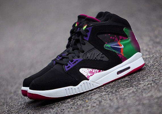 nike-air-tech-challenge-hybrid-black-white-rave-pink-varsity-purple