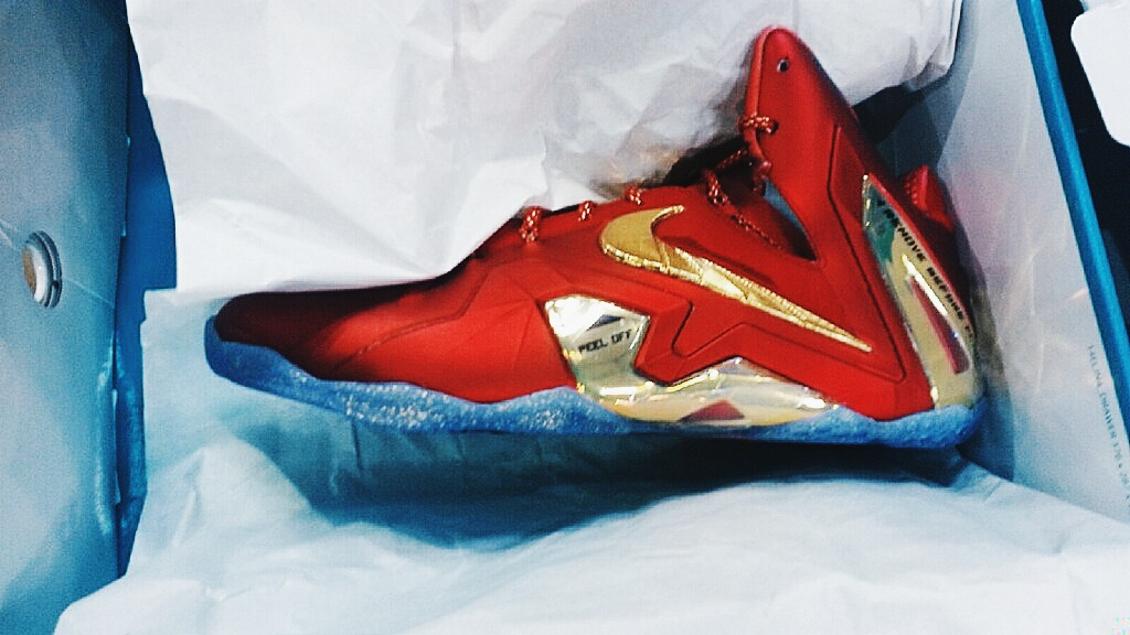 Processed with VSCOcam with hb2 preset. The latest Nike Lebron 11 to hit  retailers soon is the Elite SE version that sports a University Red and  Metallic ...