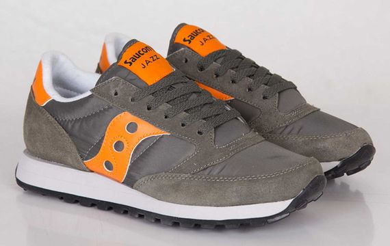 saucony-jazz-flight jacket