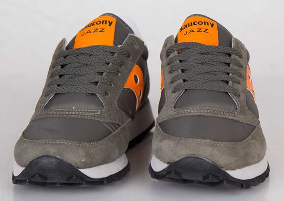saucony-jazz-flight jacket_02