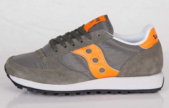 saucony-jazz-flight jacket_03