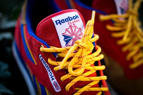snipes-reebok-classic leather-camp out