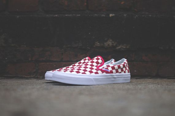 vans-slip on-checkerboard-white-red_05