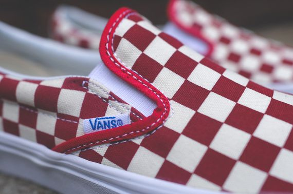vans-slip on-checkerboard-white-red_06
