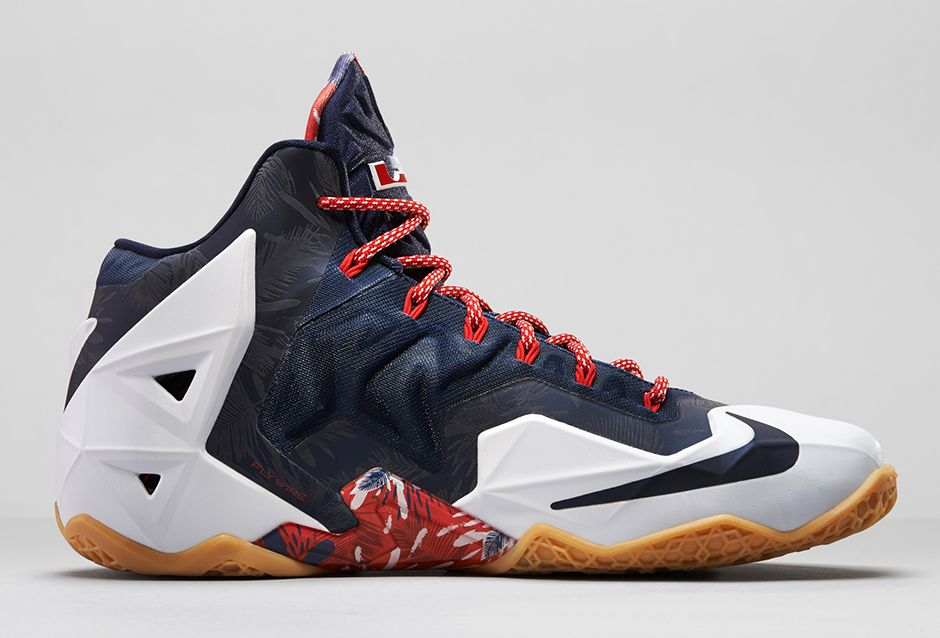 Nike-LeBron-11-Independence-Day-3