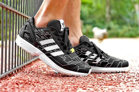 adidas-zx flux weave-onyx-running white