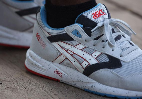 asics gel saga soft grey white