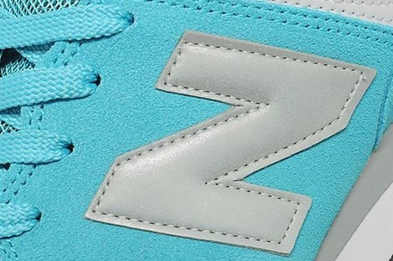 new balance-574-turquoise-silver_05