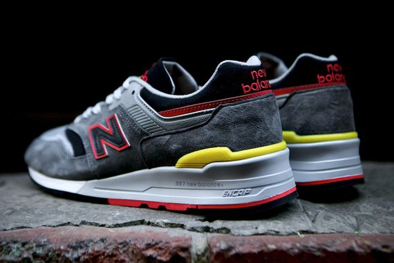 new balance-997-catcher in the rye_02