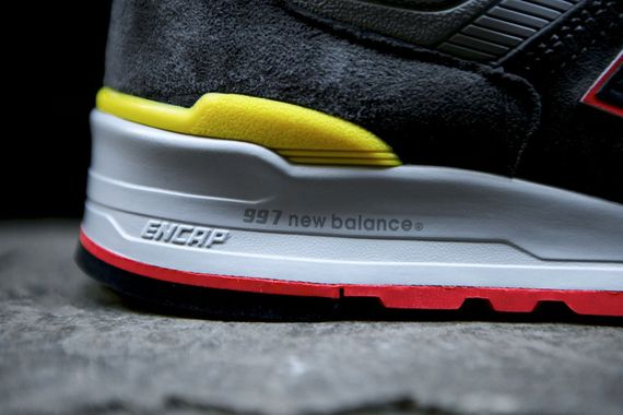 new balance-997-catcher in the rye_10