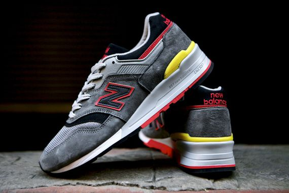 new balance-997-catcher in the rye_12