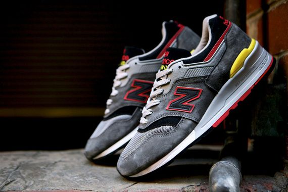 new balance-997-catcher in the rye_14