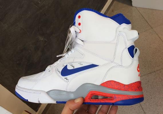 nike-air-command-force-white-ultramarine-hyper-crimson