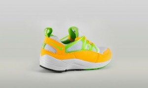 nike-air huarache light-atomic mango
