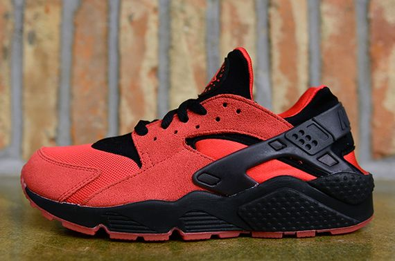 nike-air huarache-uni red-black_02