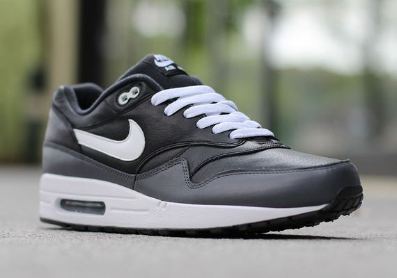 nike-air max 1-white-black-dark grey