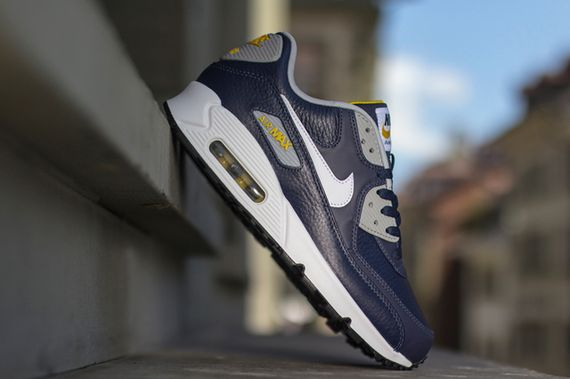 nike-air max 90-obsidian-grey-gold loden