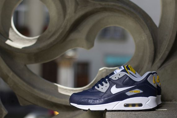 nike-air max 90-obsidian-grey-gold loden_03