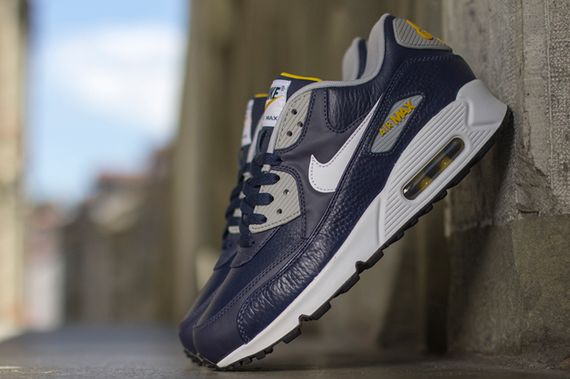 nike-air max 90-obsidian-grey-gold loden_04
