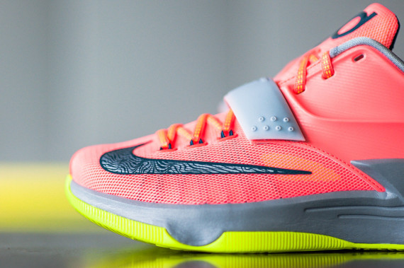 nike-kd7-35kdegrees-release_03