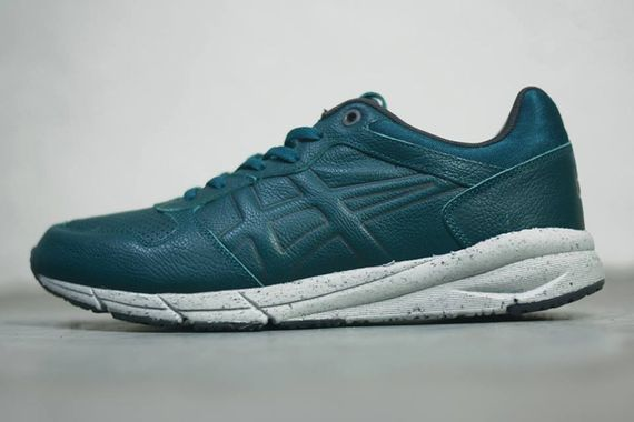 onitsuka tiger-shaw runner-leather pack