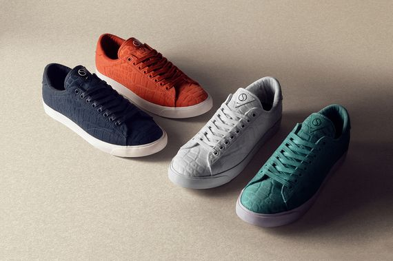 size-nike-tennis classic-court surfaces