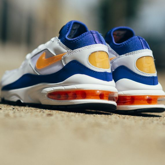 Nike-Air Max 93-bright citrus-hyper blue-finishline_02
