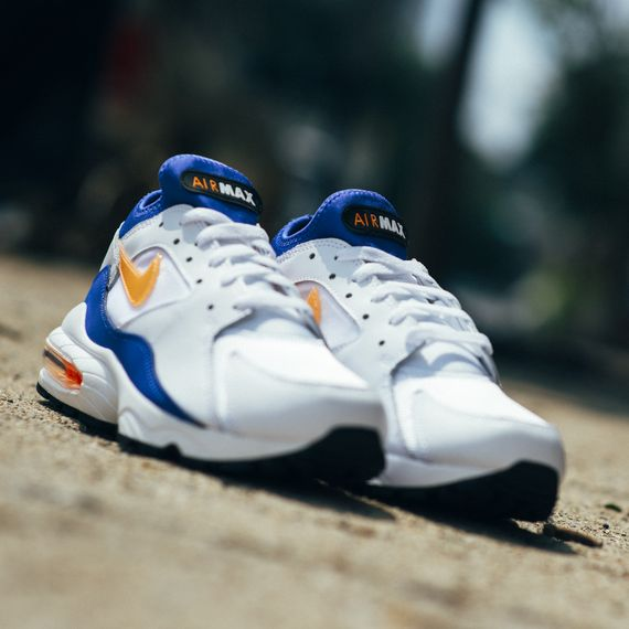 Nike-Air Max 93-bright citrus-hyper blue-finishline_04