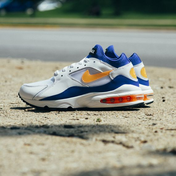 Nike-Air Max 93-bright citrus-hyper blue-finishline_06