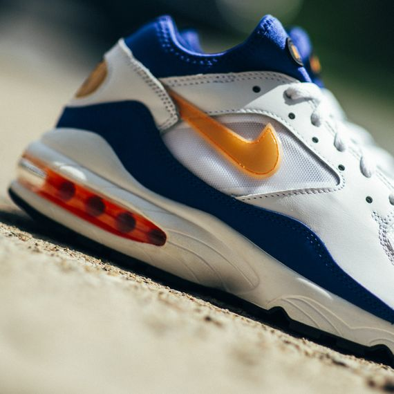 Nike-Air Max 93-bright citrus-hyper blue-finishline_07