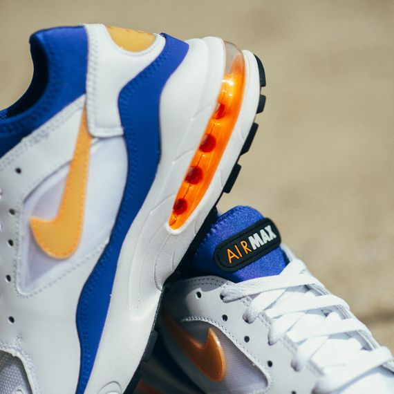 Nike-Air Max 93-bright citrus-hyper blue-finishline_08