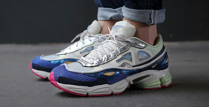 adidas-x-raf-simons-ozweego-2-chalk-white-supplier-colour-bold-pink-26077-700x357