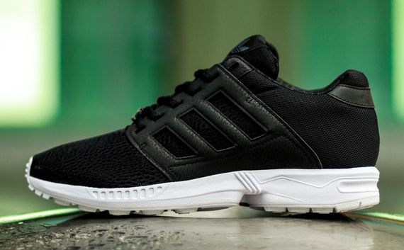 adidas-zx flux 2.0-black-white